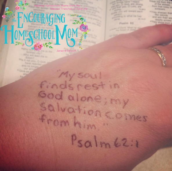 hand verses psalm 621